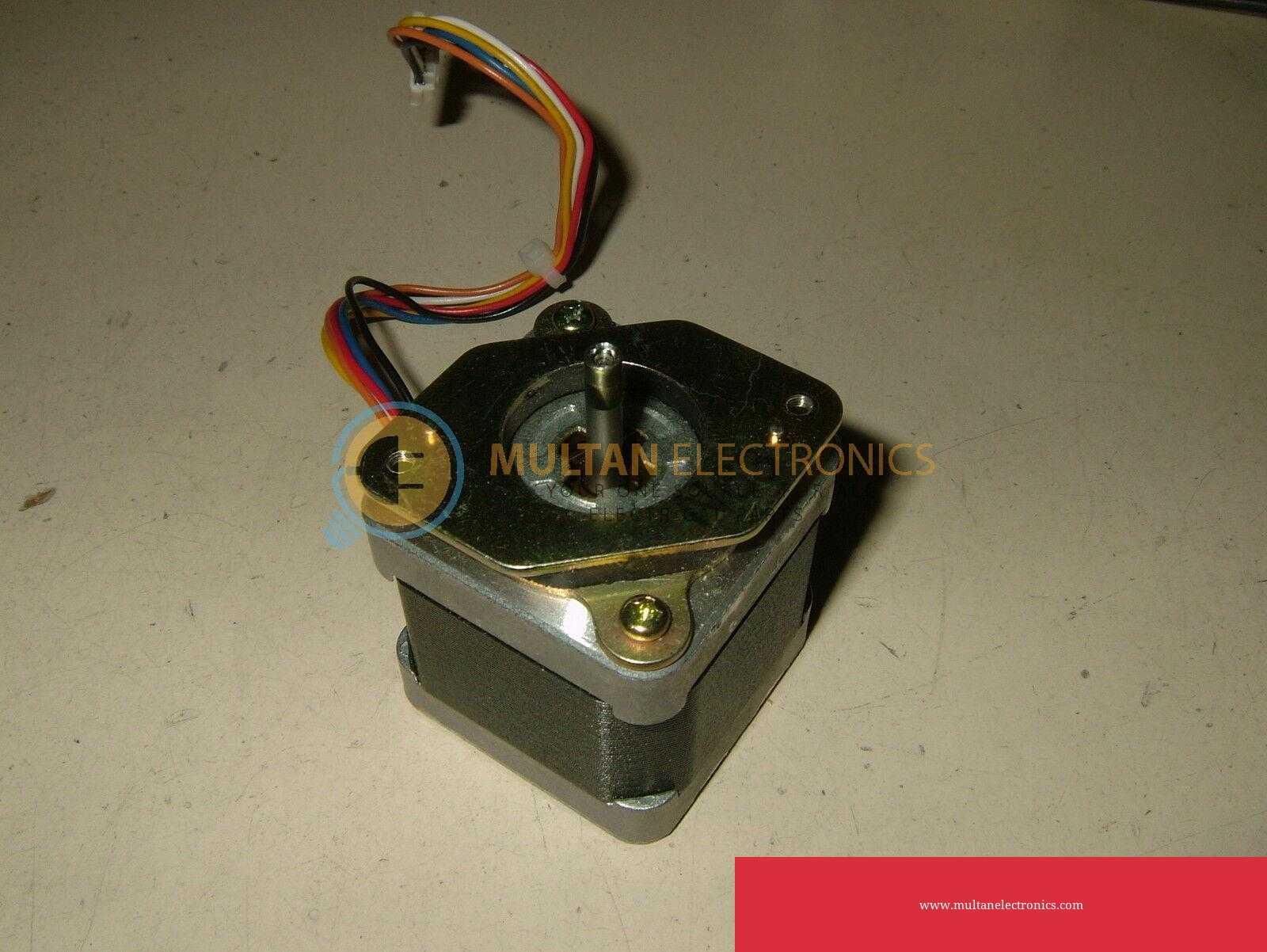 NEMA 17 Stepper Motor 6 wire 1.8 deg 1.3Amp DC 4.42V in Pakistan
